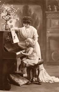 piano_piano-teacher_piano-student_antique-photo_vintage_dapperhouse_free-clipart